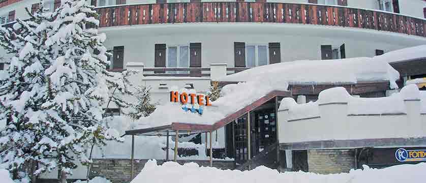italy_bardonecchia_hotel_la_betulla_exterior.jpg